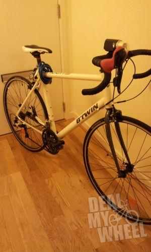 B 39 twin triban 300 road bike white new and second hand for Triban 300